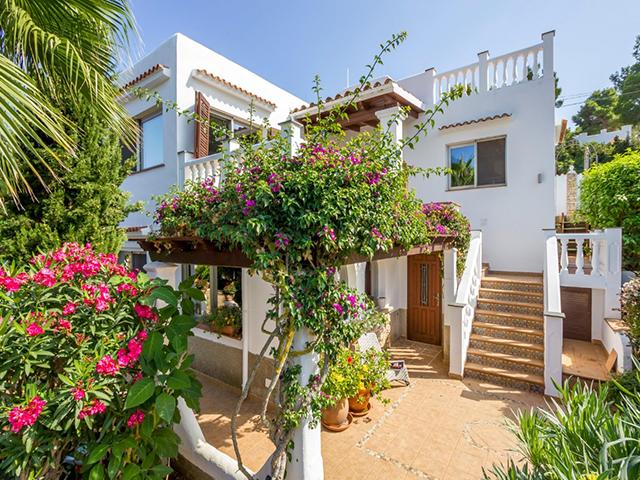 Mediterrane villa met zeezicht San Carlos