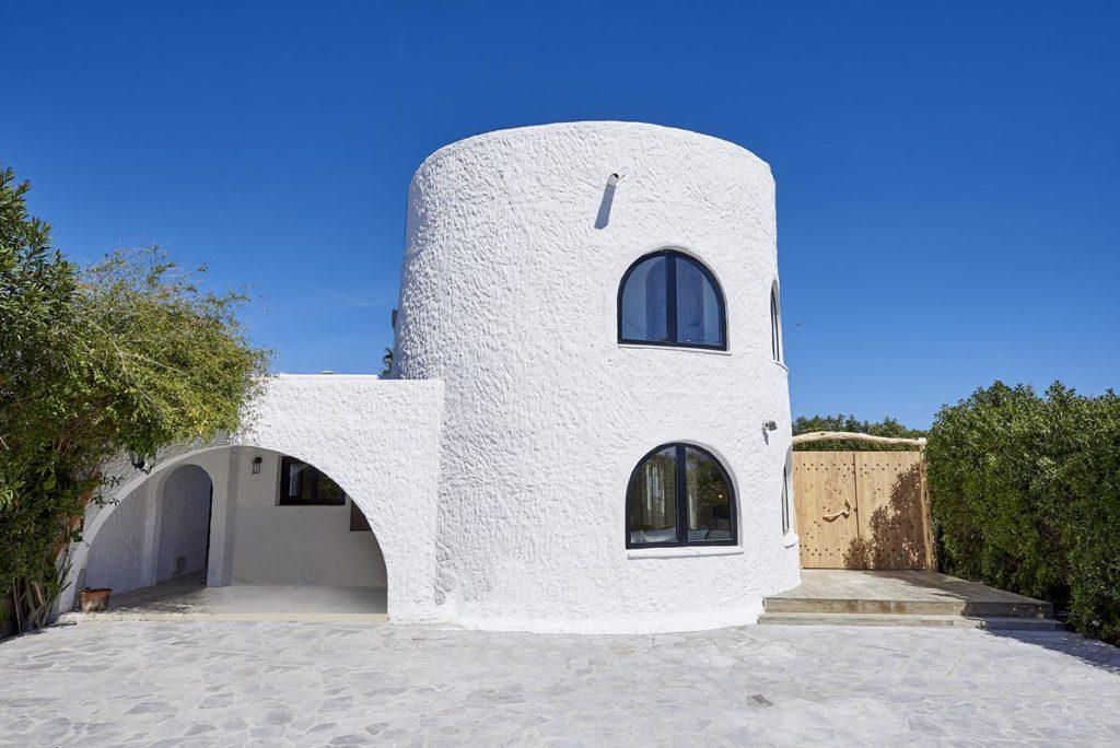 Villa met toeristenlicentie nabij Ibiza stad