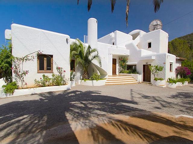 Villa met zeezicht en licentie