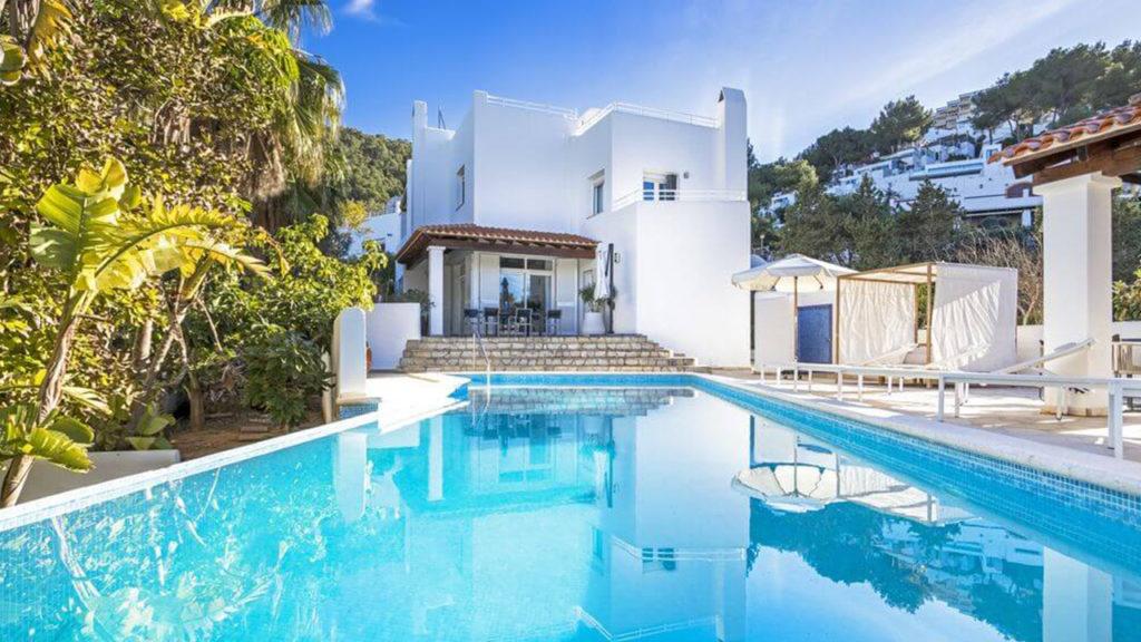 Prachtige villa met licentie