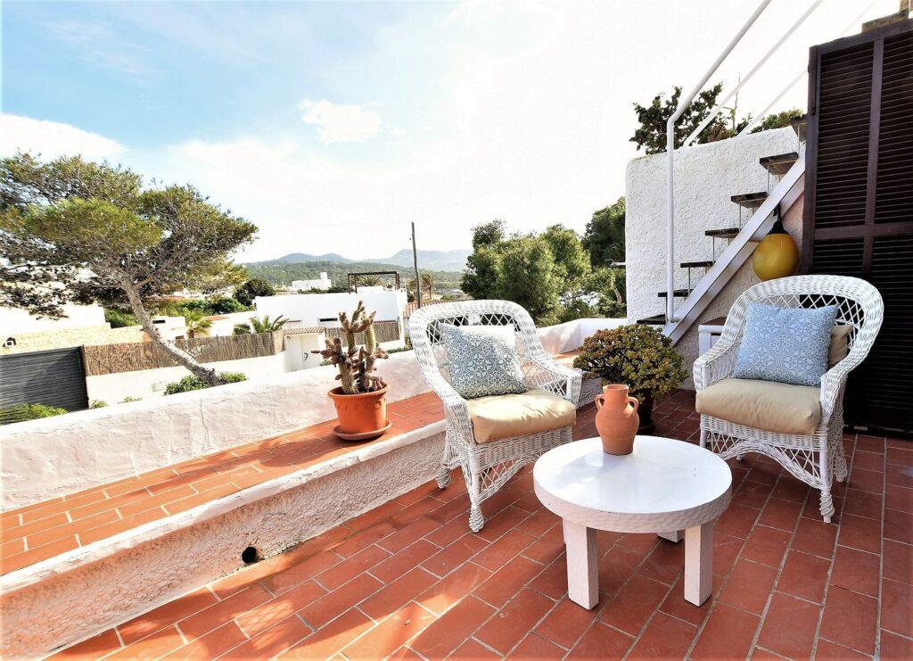 Appartement met terras met prachtig uitzicht op Es Vedrá