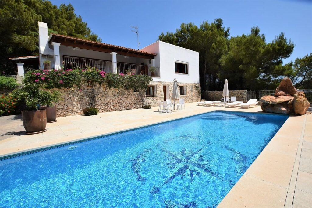 Prachtig huis in klassieke stijl in Cala Mastella