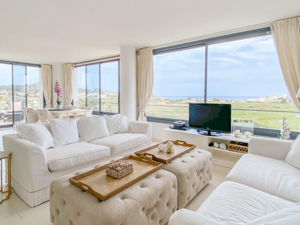 2 slaapkamerappartement met uitzicht op zee